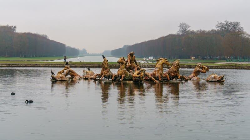 Apollo fontanna w Versailles uprawia ogr?dek, Pary?, Francja fotografia royalty free