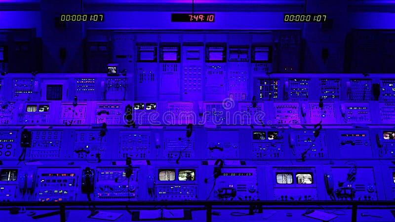 Apollo Mission Launch Control Center bei Kennedy Space Center herein lizenzfreie stockbilder