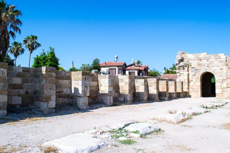 2 apollo s tempel kalkon Sidostad royaltyfria foton
