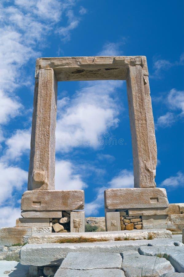 Apollon寺庙古老门在纳克索斯海岛的 免版税库存照片