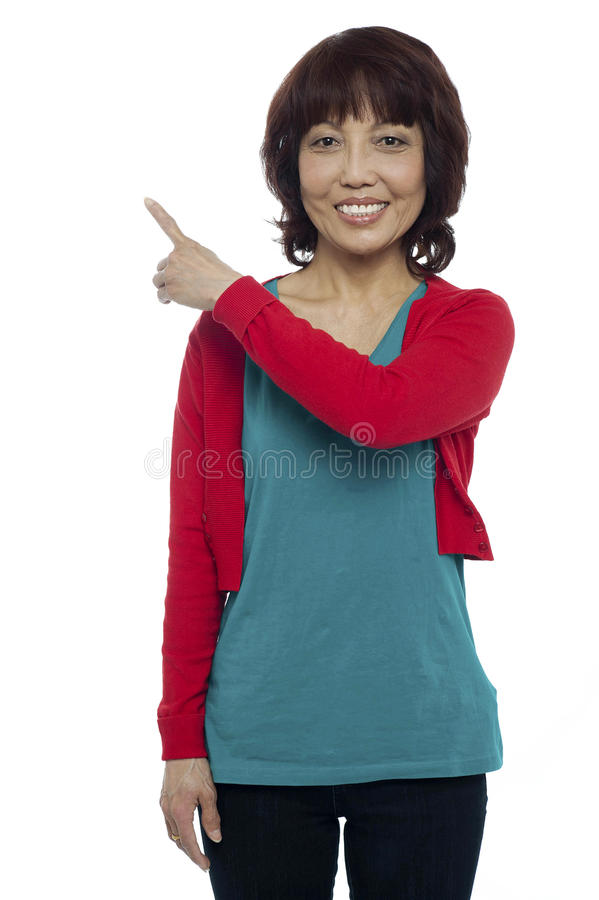 Download Apontar Modelo Asiático Na área De Espaço Da Cópia Foto de Stock - Imagem de senhora, femininity: 26509640