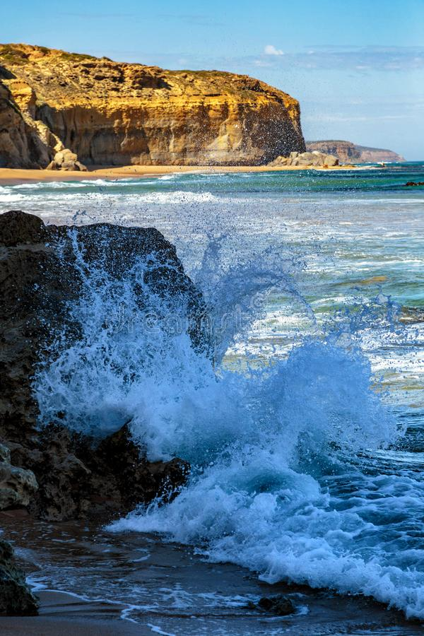 Apostlar för kustlinje tolv, port Campbell, stor havväg, Victoria, Australien arkivfoton