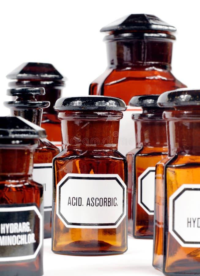 apothecaryen bottles gammalt arkivfoton