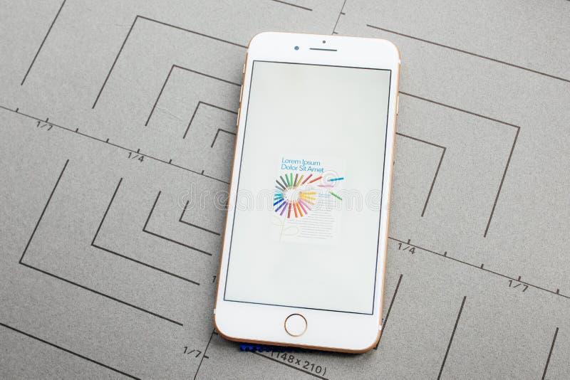 App на iPhone Яблока плюс прикладное обеспечение стоковое изображение
