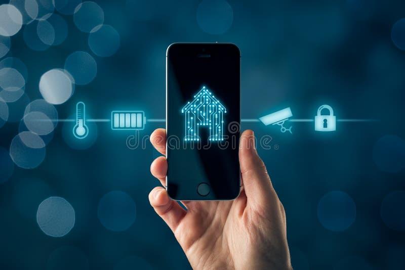 App domestico astuto sul concetto dello Smart Phone fotografia stock
