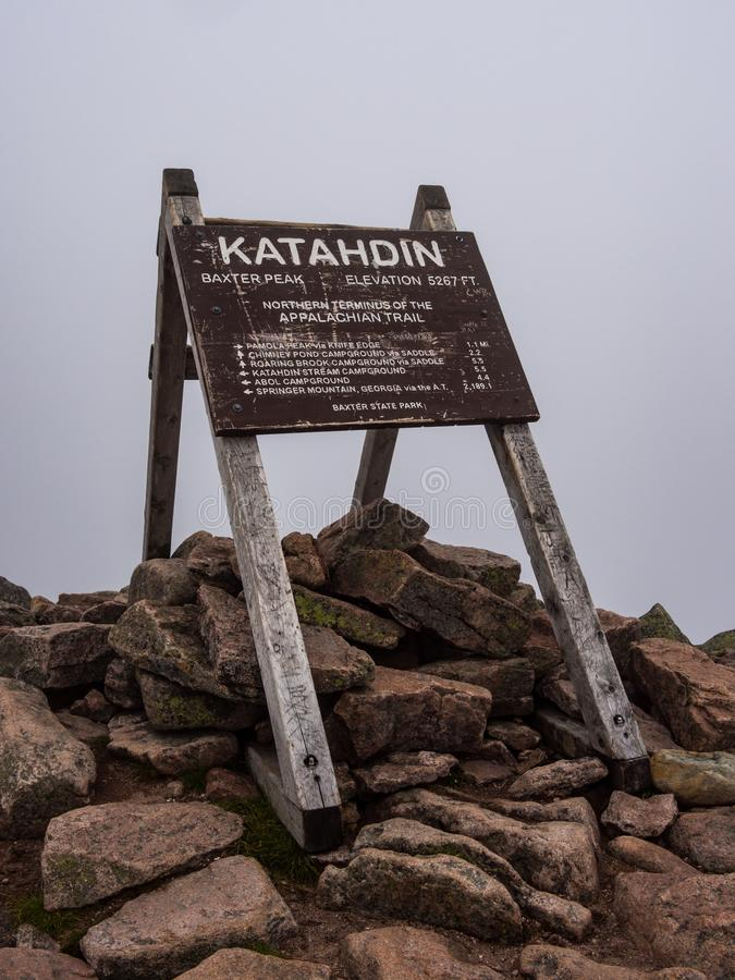 Appalachischer Wegweiser, Katahdin-Gipfel, Baxter State Park lizenzfreie stockfotografie