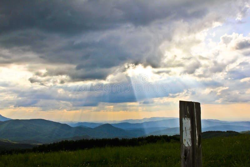 Appalachisches Hintermarkierungs-Blau Ridge Mountains stockbild