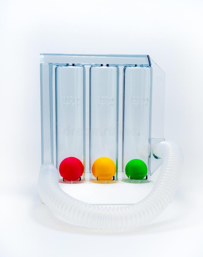 Apparaat om ademhaling door diepe inspiratie drievoudige kamer uit te oefenen Medische apparatuur voor ademhalingstherapie na chi stock foto's
