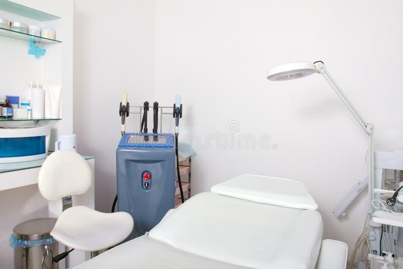 Apparatuur in de kosmetiekkliniek royalty-vrije stock foto's
