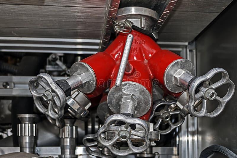 Apparatuur in een brandauto 2 stock foto's