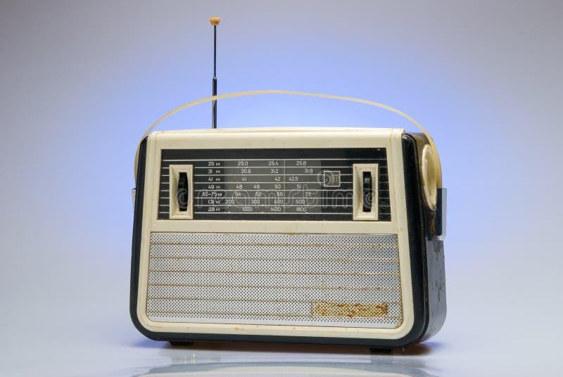 Apparecchio radioricevente antiquato fotografie stock libere da diritti