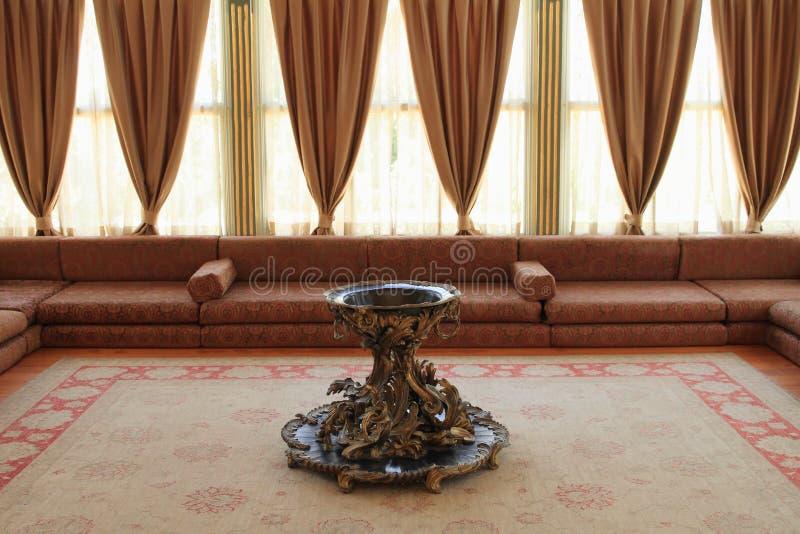 Appareil de chauffage et siège dans le palais de Topkapi à Istanbul photos libres de droits