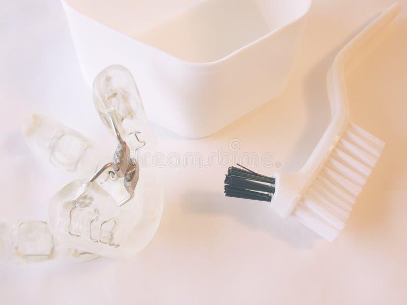Appareil dentaire utilisé pour l'apnea de sommeil photo stock