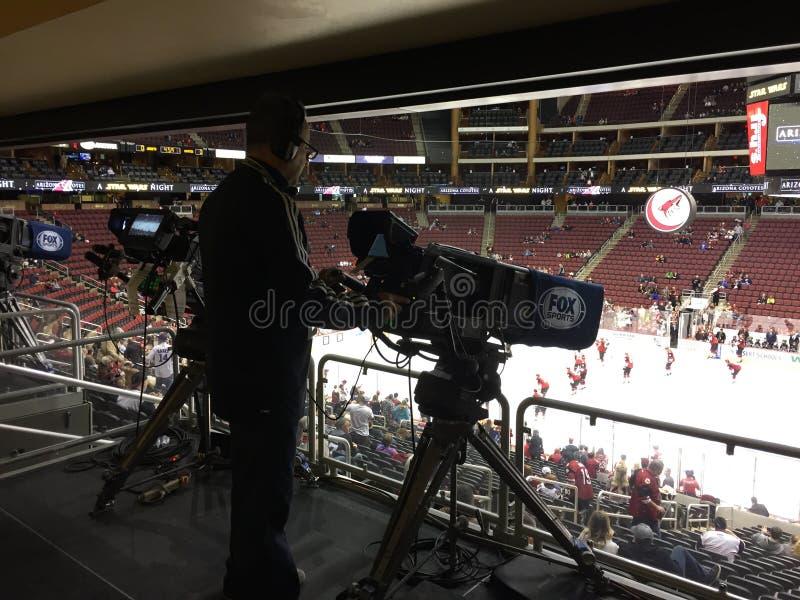 Appareil-photo d'émission de match de hockey de NHL image libre de droits