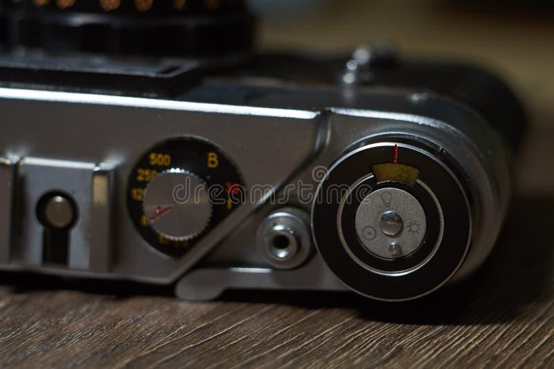 appareil-photo d'isolement au-dessus du blanc de cru de télémètre photos stock