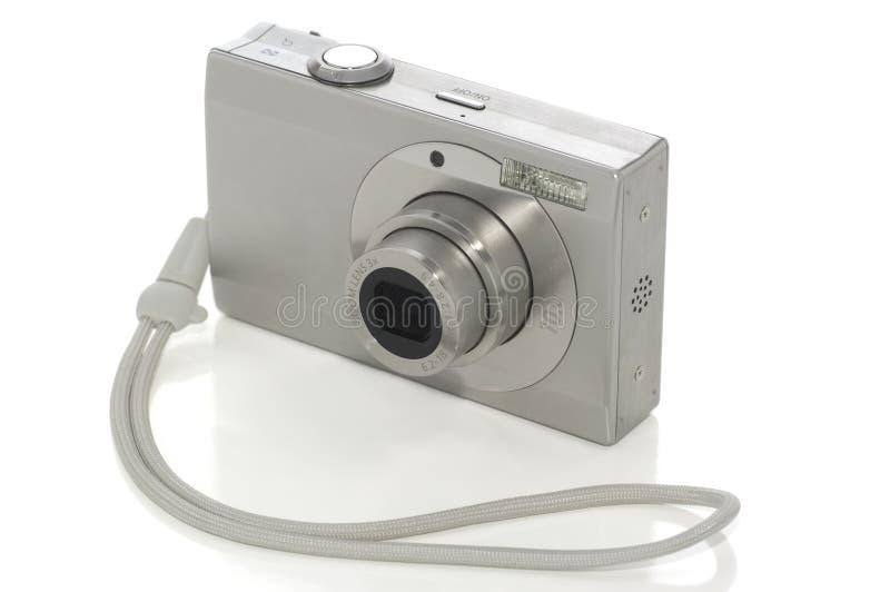 Appareil photo numérique sur le blanc avec le chemin de découpage image stock