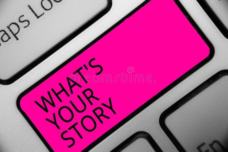 Apparence conceptuelle d'écriture de main quel s est votre histoire La photo d'affaires présentant demandant à quelqu'un m'indiqu image libre de droits