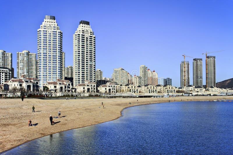 Appartamenti moderni alla spiaggia a dalian cina for Foto appartamenti moderni