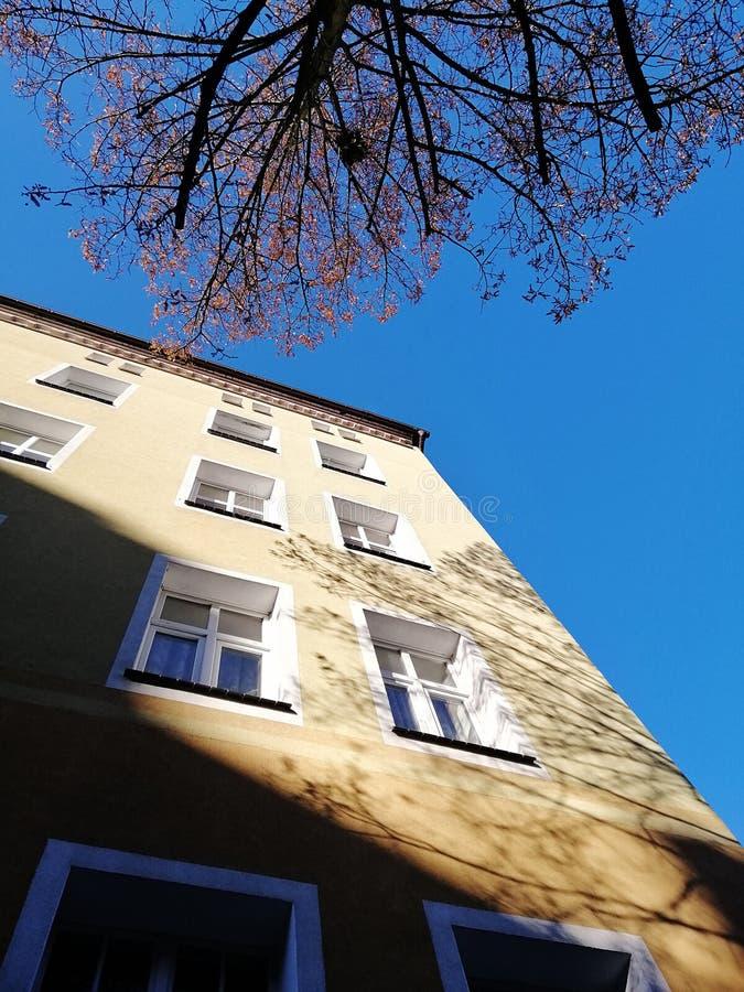 Appartamenti tipici del od del blocco in Polonia fotografia stock libera da diritti