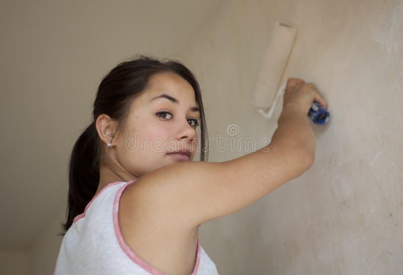 Appartamento della pittura della ragazza fotografie stock
