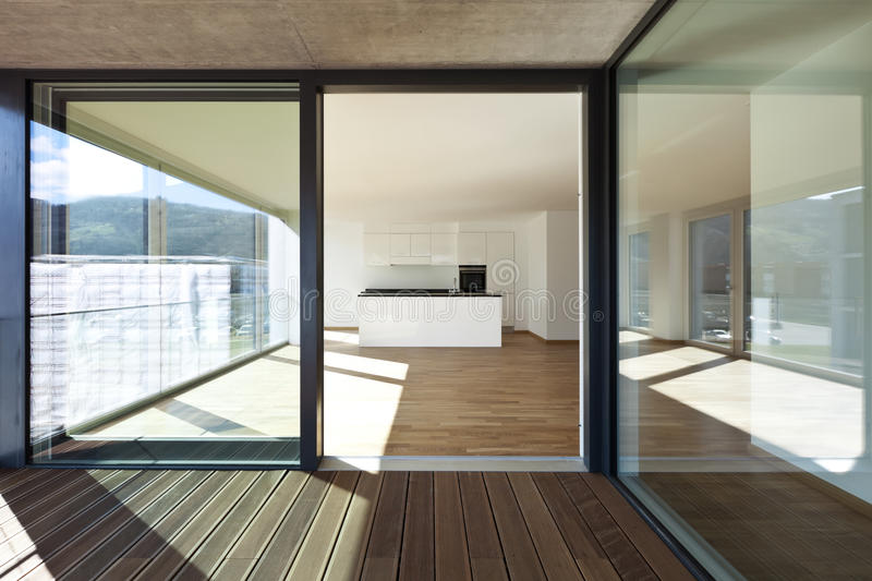 Appartement neuf, patio images stock