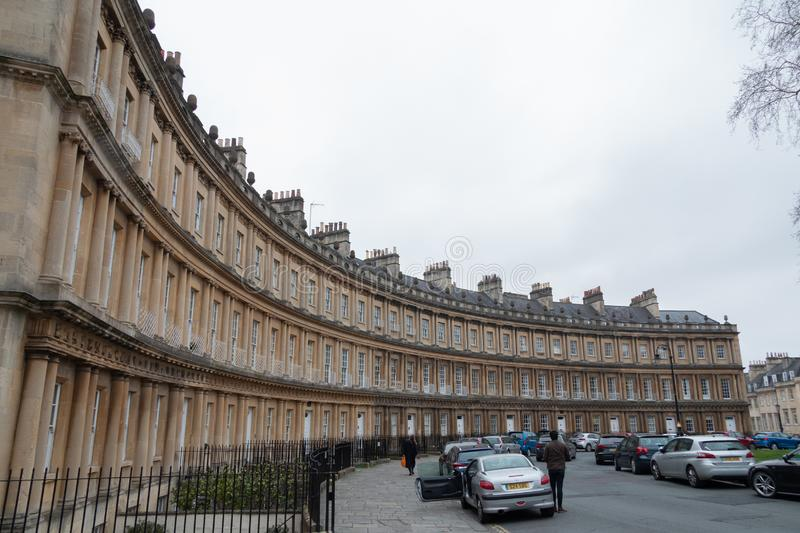 Appartements luxueux autour du rond point à Bath images stock