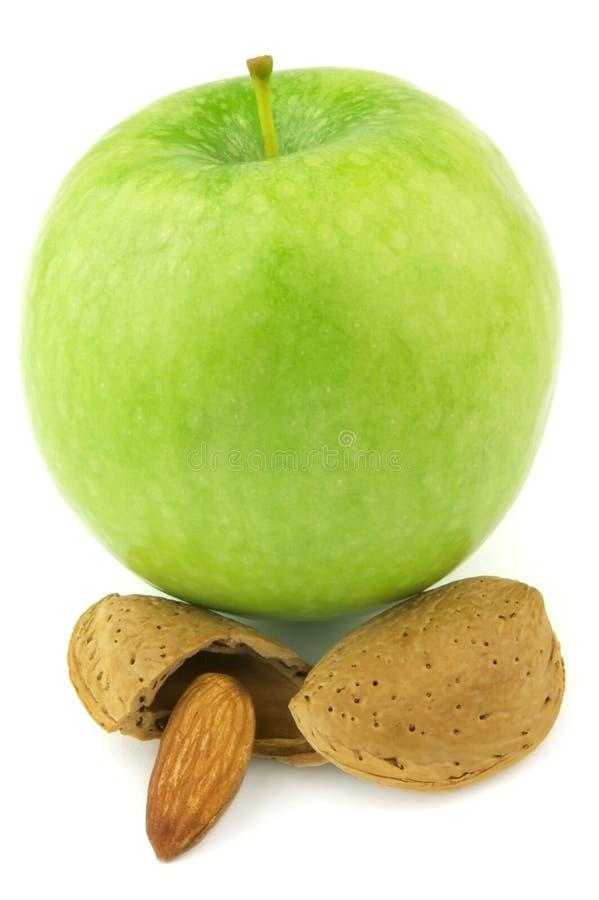 Appel met amandel stock afbeelding