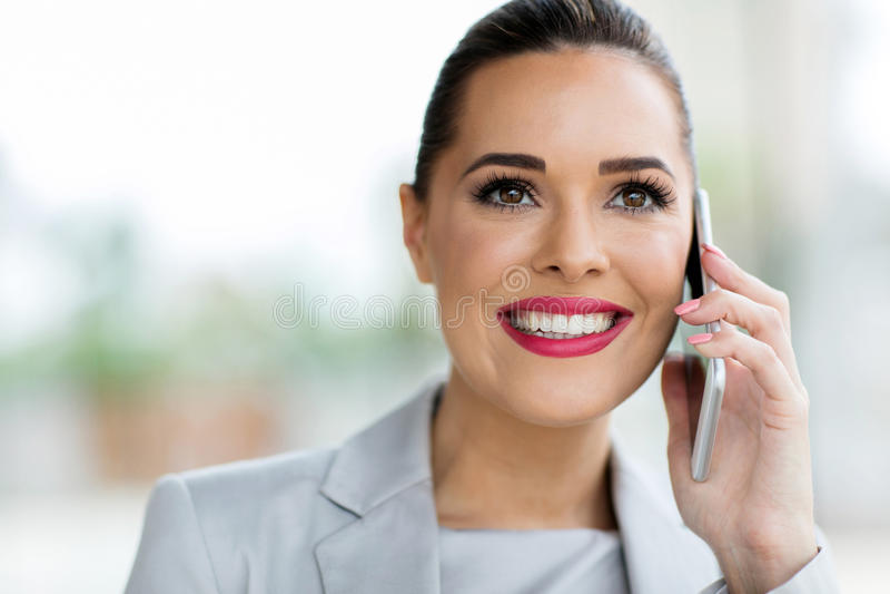 Appel téléphonique d'employé de bureau photo libre de droits