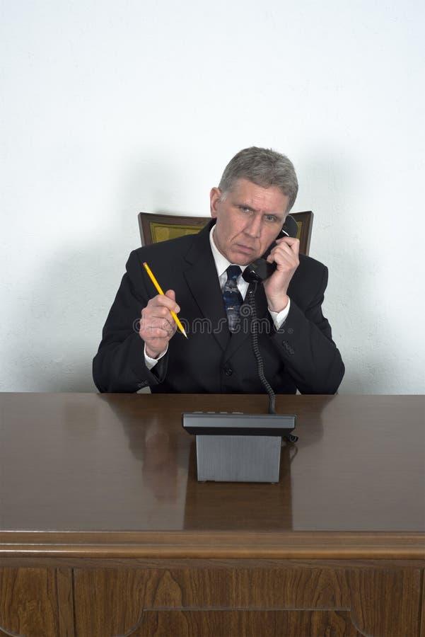 Appel téléphonique de Business Sales Marketing d'homme d'affaires photographie stock libre de droits