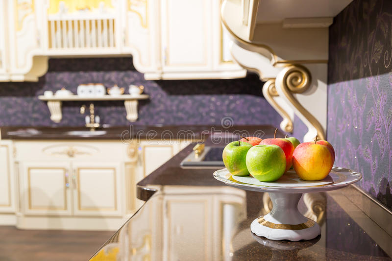 Appelen in de keuken royalty-vrije stock foto
