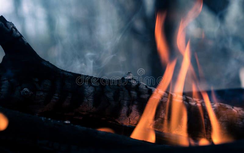 Appena fuoco caldo immagini stock