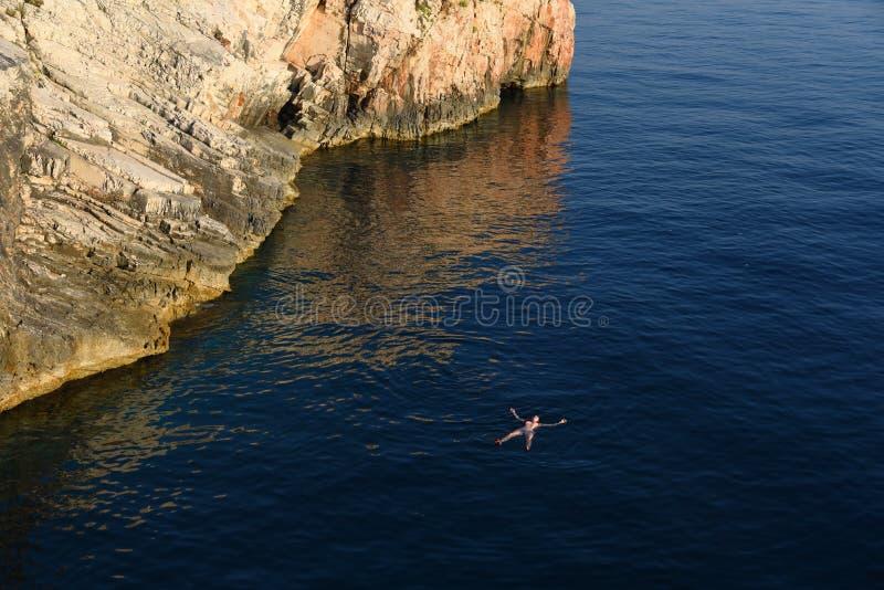 Appena galleggiando fotografia stock