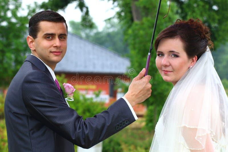 Download Appena ritratto sposato immagine stock. Immagine di amore - 56889597