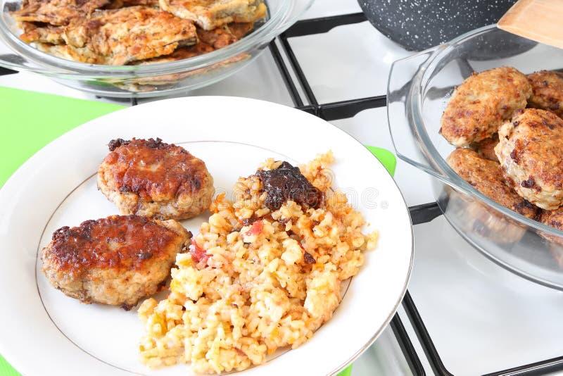 ¡Appetit del Bon! El cocinar hecho en casa fotos de archivo