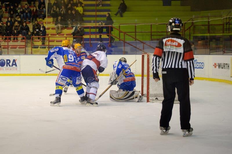 appiano błękitny c świetlicowa eppan h hokejowa Milan czerwień vs obraz stock