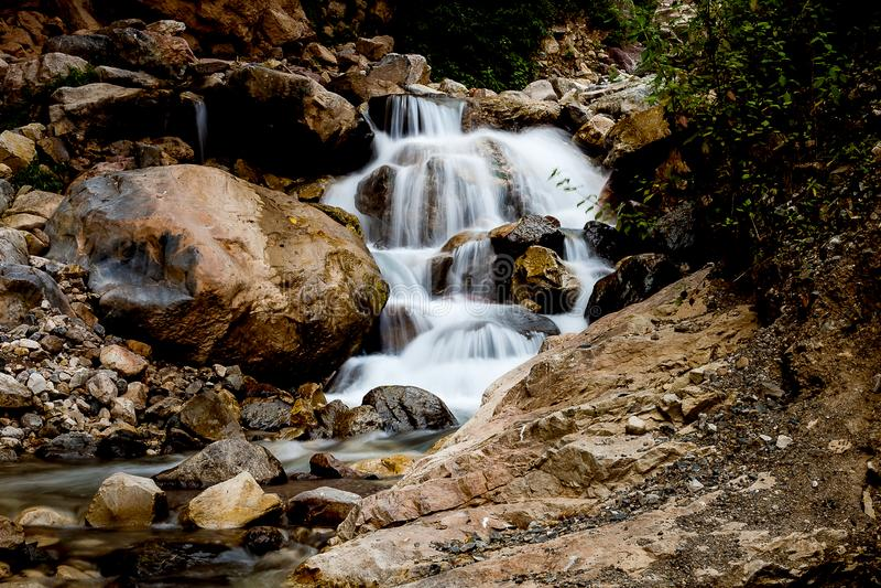 Applådera den långsamma slutaren för vattenfall royaltyfri bild
