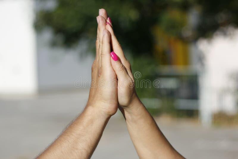 Applaudissements de mains image libre de droits