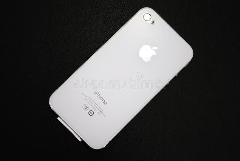 Apple在黑色背景的空白Iphone 免版税图库摄影