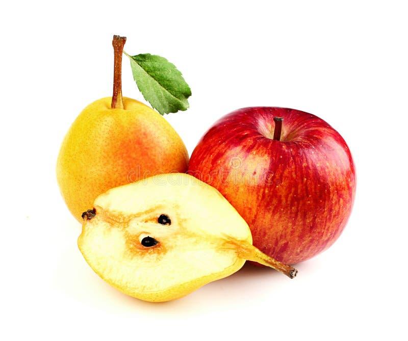 Apple и груша с листьями стоковое фото rf