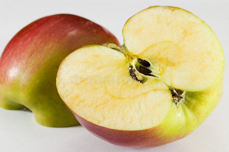 Download Apple image stock. Image du juteux, fruit, salubrité, toujours - 2136451