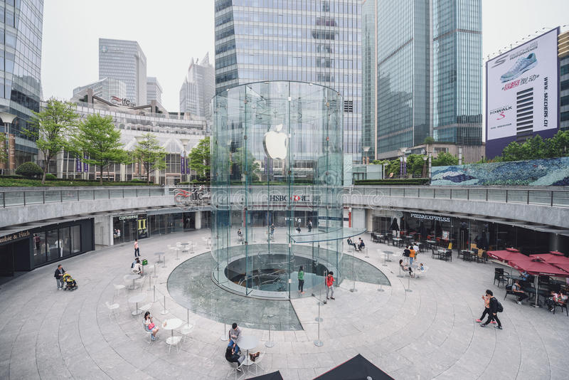 Apple armazena em Shanghai, China foto de stock