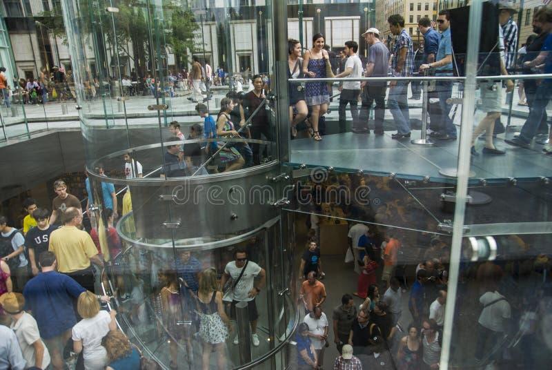 Apple armazena New York foto de stock