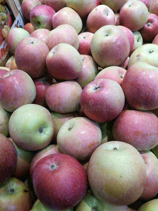 Apple au ` s d'agriculteur lancent sur le marché photo stock