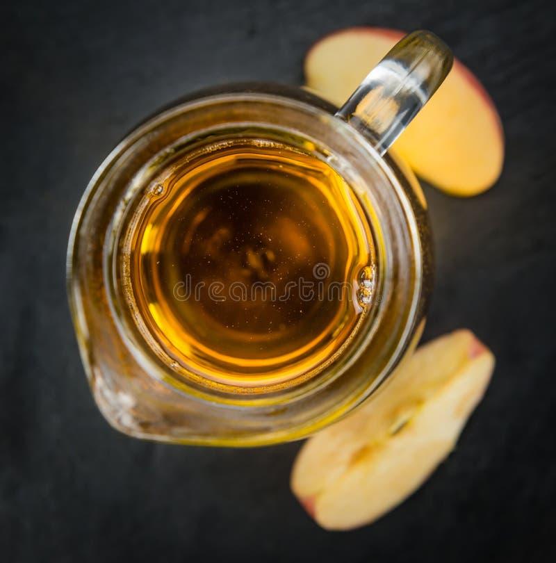 Apple-Cider selectieve nadruk, close-upschot stock foto's