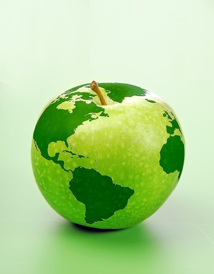 Apple com mapa de mundo foto de stock royalty free