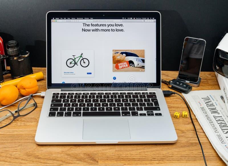 Apple-datorer på senast meddelanden för WWDC av den nya sfarien bläddrar royaltyfria foton