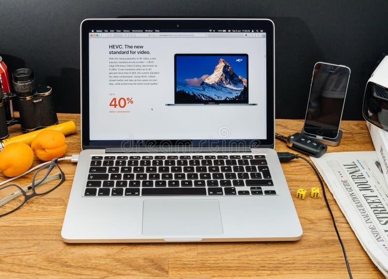 Apple-datorer på senast meddelanden för WWDC av hevc h265 arkivbilder