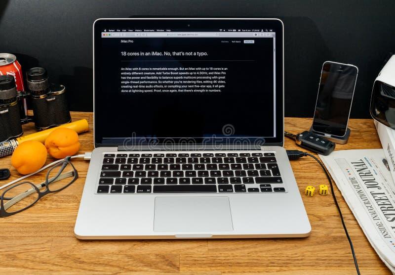Apple-datorer på senast meddelanden för WWDC av iMac pro-Xeon pr royaltyfri foto