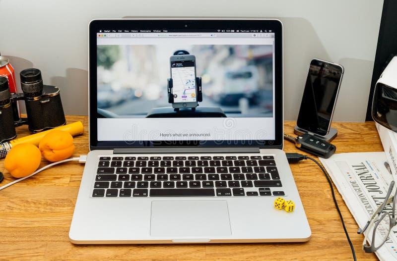 Apple-datorer på WWDC-advertizingen med serveren hyr rum och slutet av arkivfoton