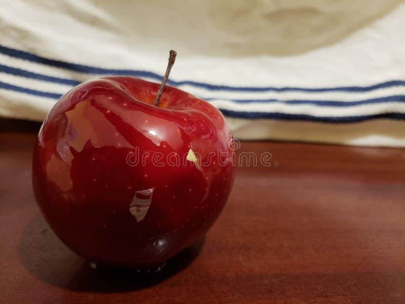 Apple is de manier gezond te zijn! Nice en glanzend royalty-vrije stock afbeelding